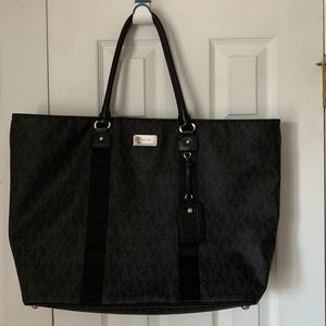 Michael Kors EW extra large travel monogram tote